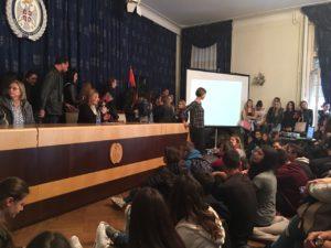 Učenici svih srednjih škola Akademije Dositej su u pratnji nastavnika i razrednih starešina posetili 18. Jesenji Rosa festival zdravlja koji se se održava u Domu Vojske Srbije 4. I 5. oktobra.